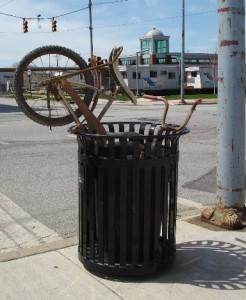 bike-in-trash-can
